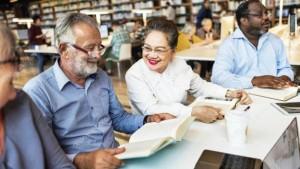 Las personas que viven cerca de una biblioteca se sienten menos solos