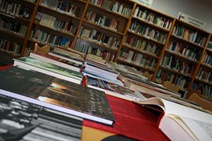4 bibliotecas abren el jueves día 4